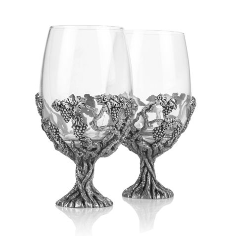 Grape Vine Wine Glass Pair