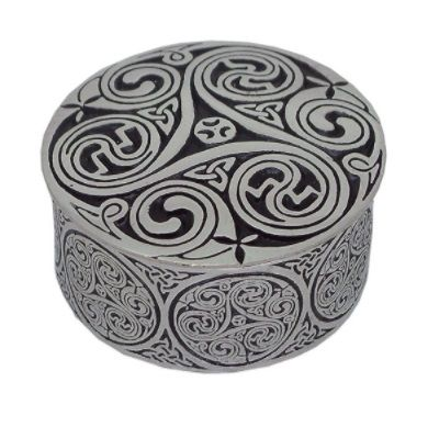 Triple Swirl Round Box